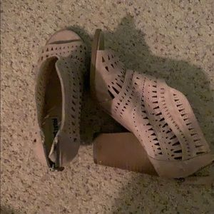tan bootie wedges size 7